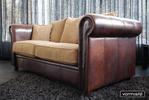 Exclusive Joris Chesterfield Sofa In Thick Waxed Sheepleather