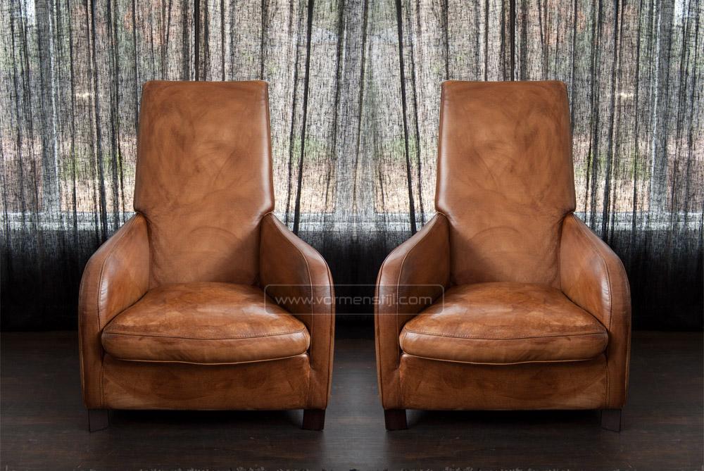 2 Mooie Fauteuils.2 Mooie Molinari Long Stretcher Design Fauteuils In Dik Stierenleder