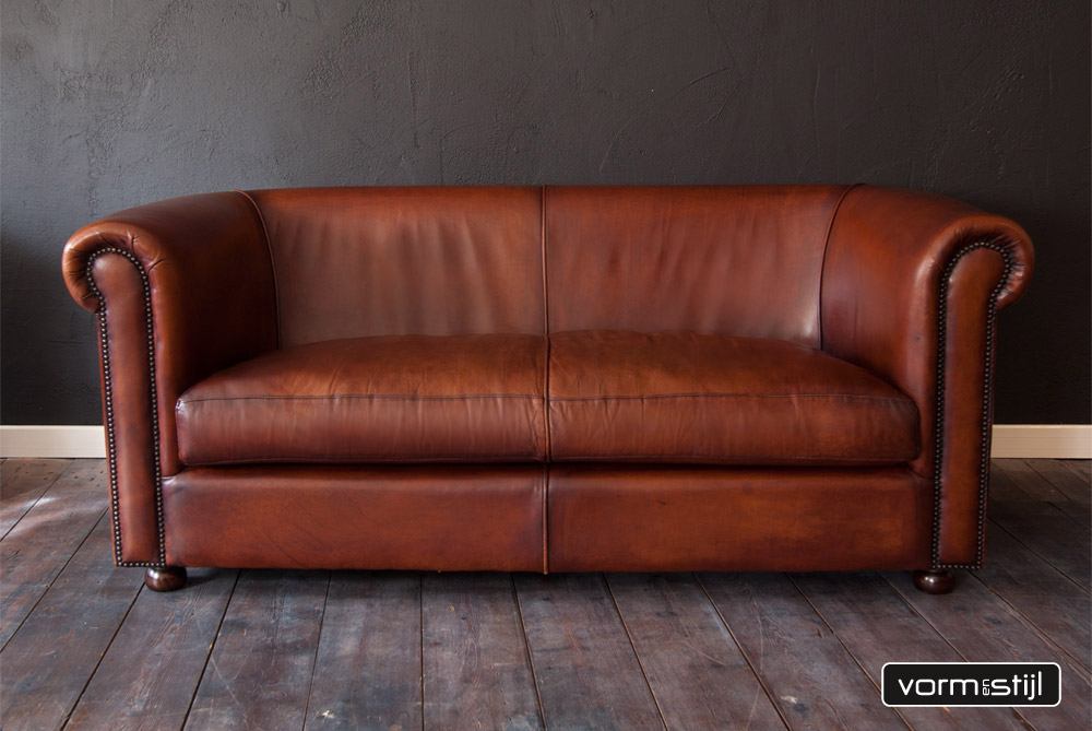 English Chesterfield sofa in thick waxed saddle leather