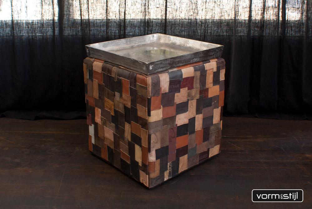 leather hocker pouf 39 jeanslabel 39. Black Bedroom Furniture Sets. Home Design Ideas