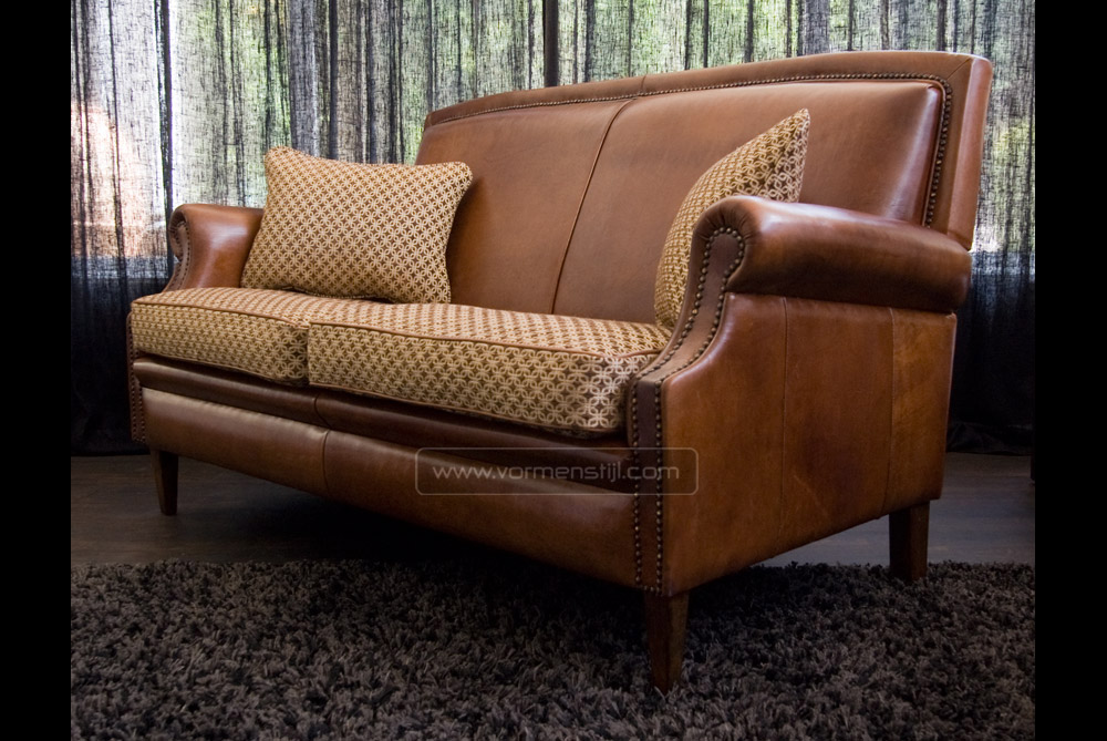 English Notary Sofa In Thick Antique Sheep Leather With